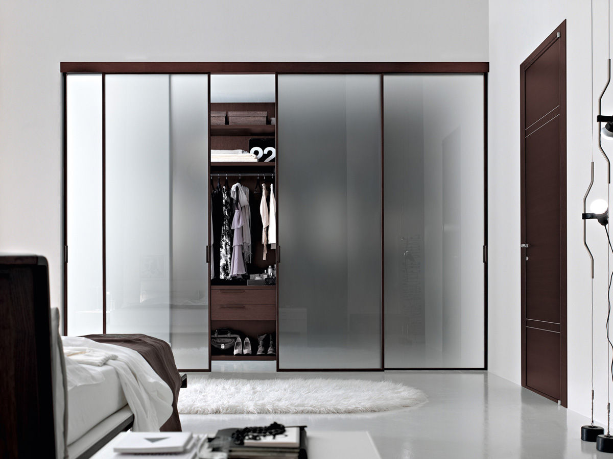 The best way of decorating master bedroom with walk in for Walk in closet decor