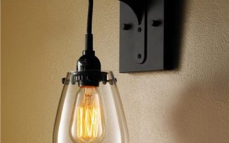 Battery operated wall lamp idea with clear glass lampshade