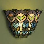 Battery powered wall lamp with stained glass lampshade