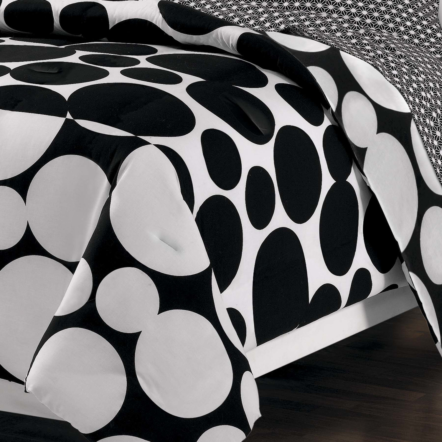 Unique black and white polka dot sheets homesfeed - Any design using black and white ...