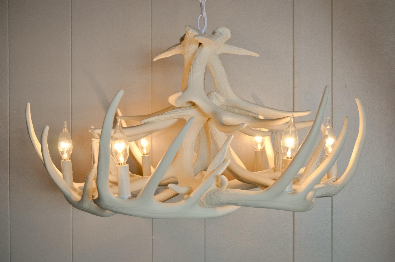 Pretty white antler chandelier homesfeed beautiful white antler chandelier arubaitofo Images