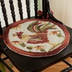 Beautiful round pad for dining chair