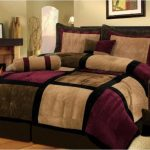 Bed comforter set idea with modern pattern and mix colors