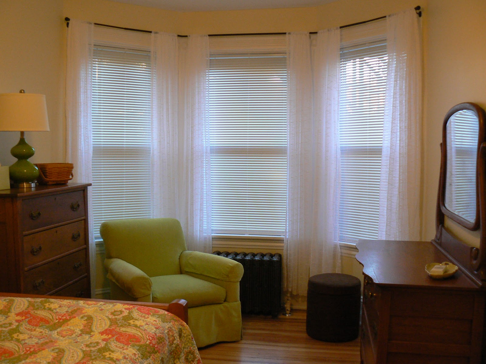 Bedroom Curtains And Shades With Curtain Rods For Bay Windows