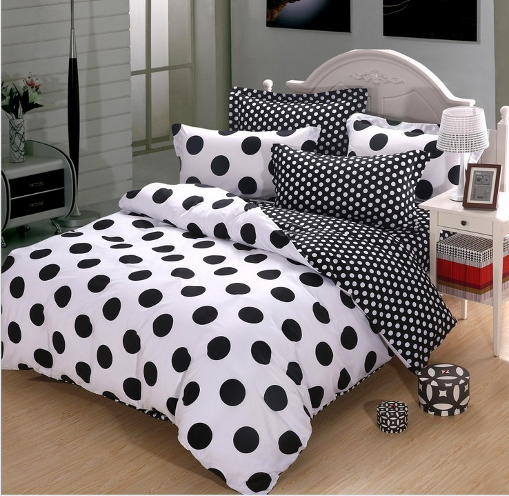 black and white polka dot bedding. Our black and white polka dot bedding from Beddinginn comes in twin, full, queen or king sizes. It is as soft and durable as it is timeless and classic.
