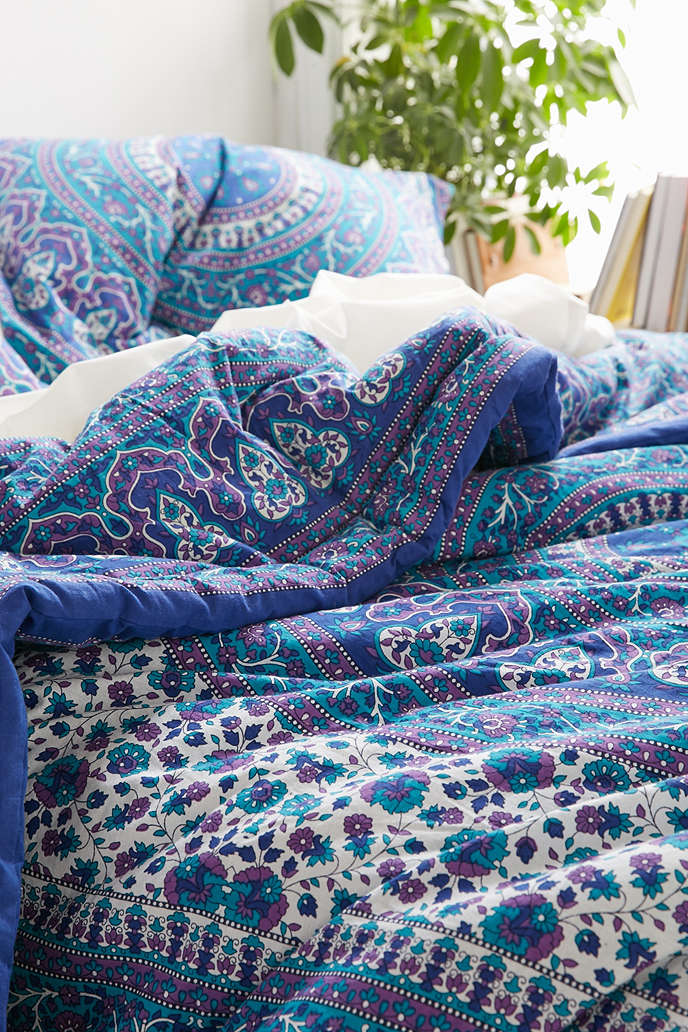 Cool Urban Outfitter Bedding