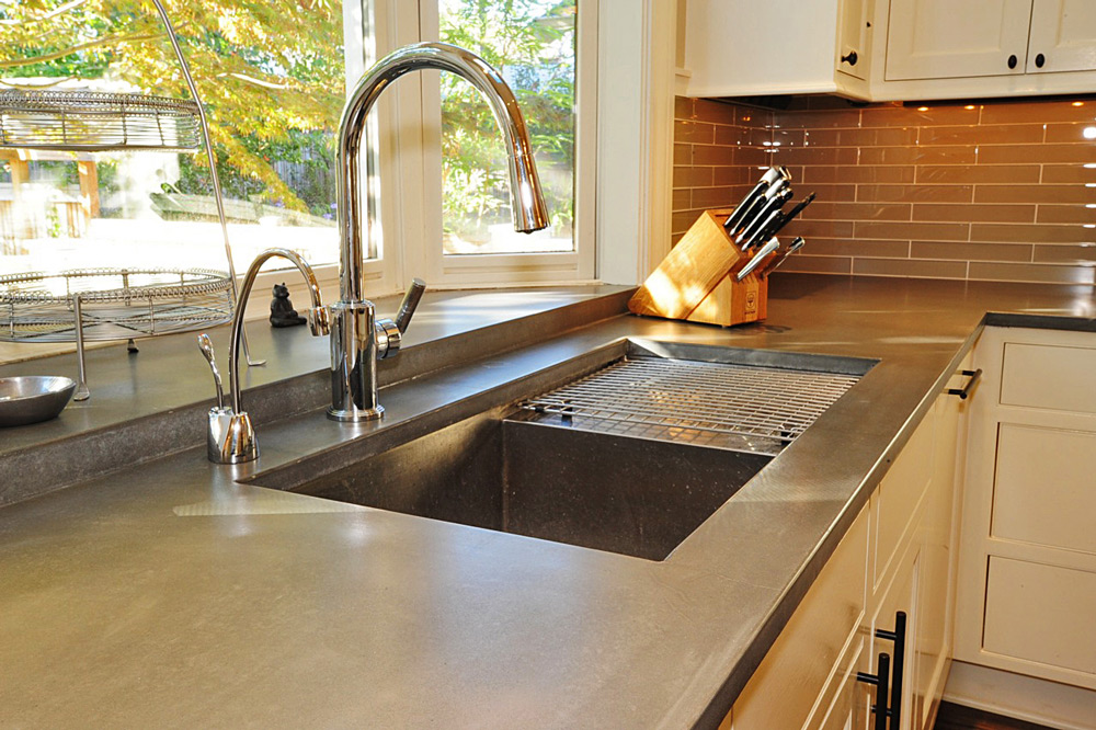 Awesome quartzite countertops pros and cons homesfeed for Concrete kitchen countertop ideas