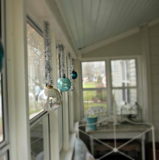 Window Decoration Ideas Home: Charming Christmas Window Decoration Ideas
