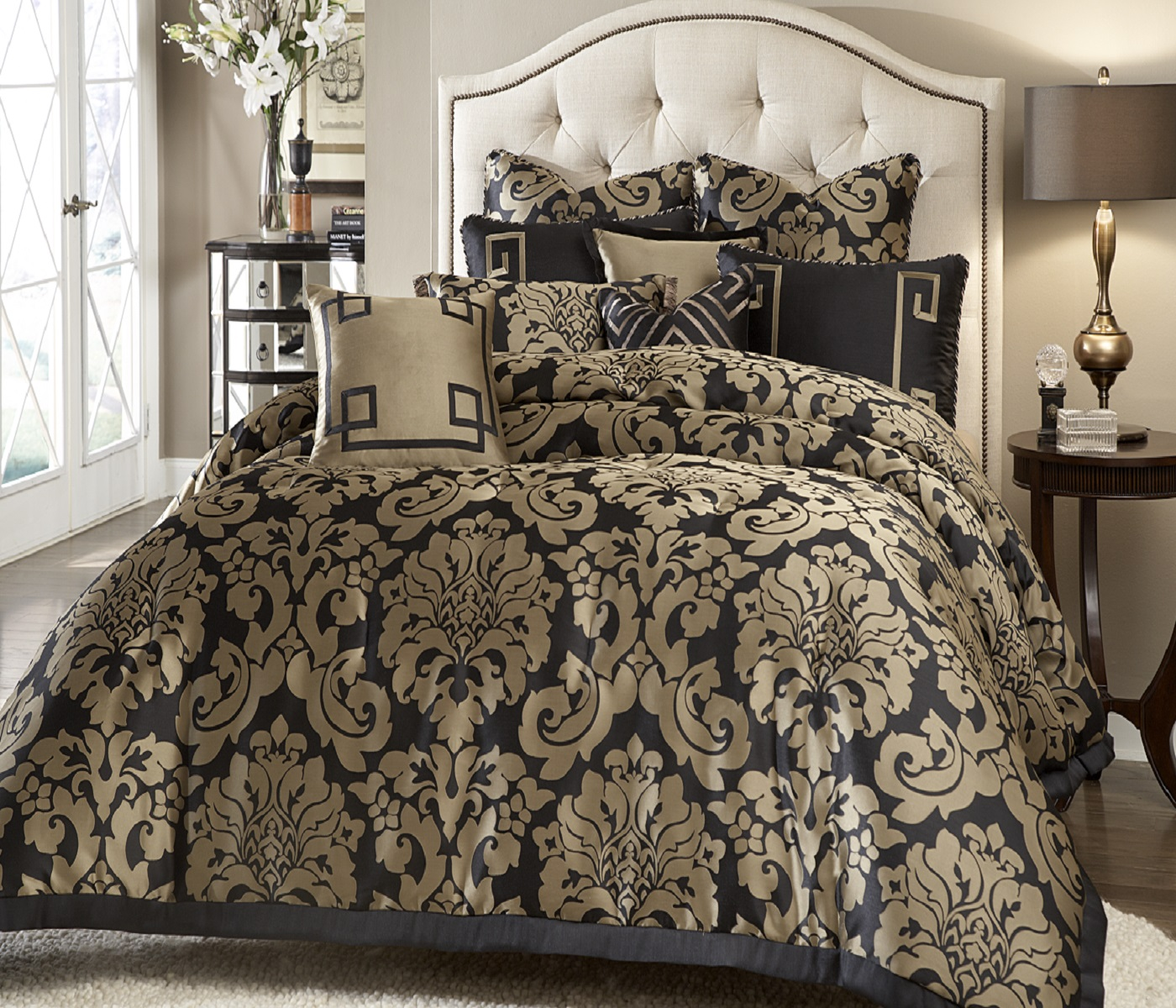 Bedroom Furniture Styles Black And Gold Bedding Sets For Adding Luxurious Bedroom