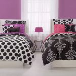 Double Bed With Awesome Black And White Polka Dot Sheets