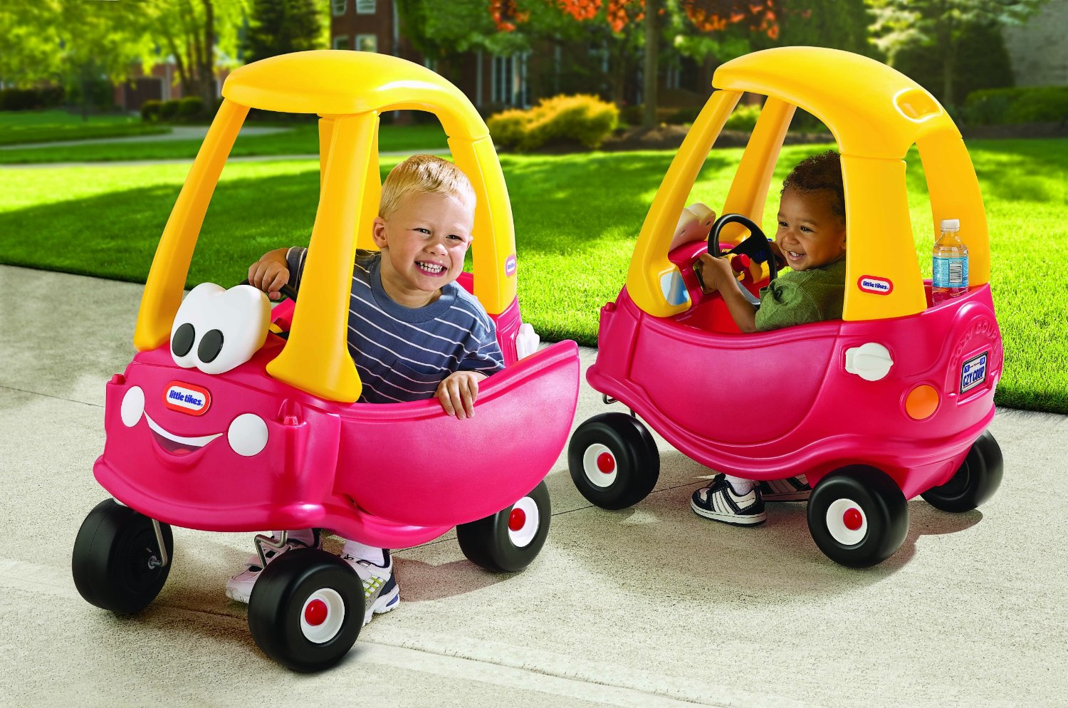 Double Lil Tykes Car And Two Happy Kids