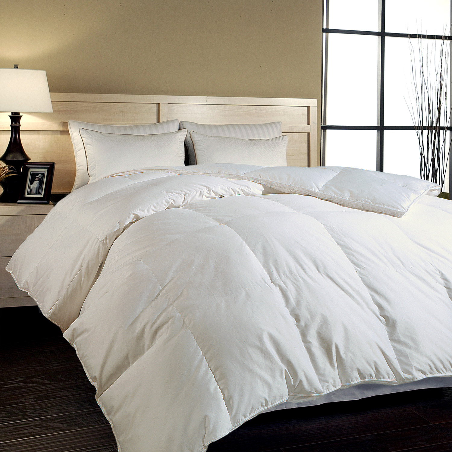 Cal king down comforter product selections homesfeed for Bed sets with mattress