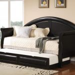 Full size daybed idea with extra trundle