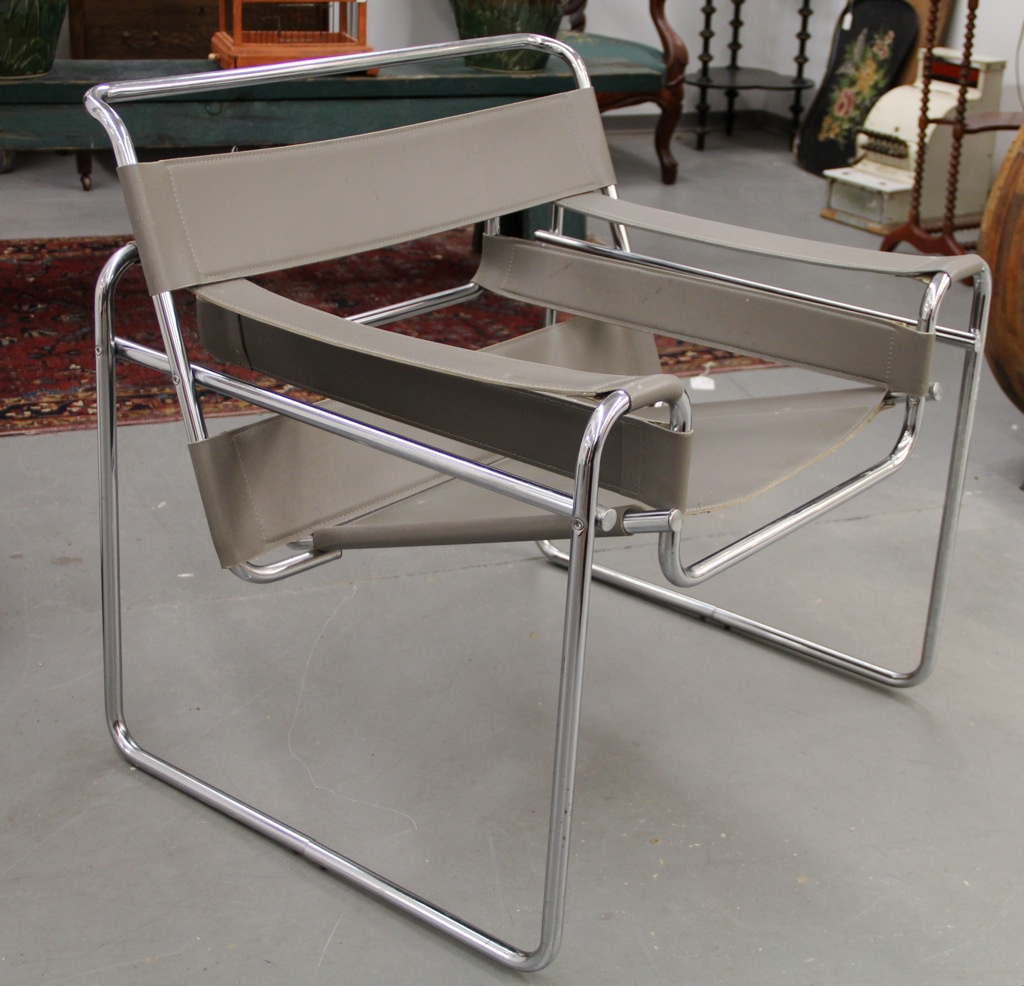 100 knoll wassily chair sitting still boston society of architects laccio side table - Replica wassily chair ...