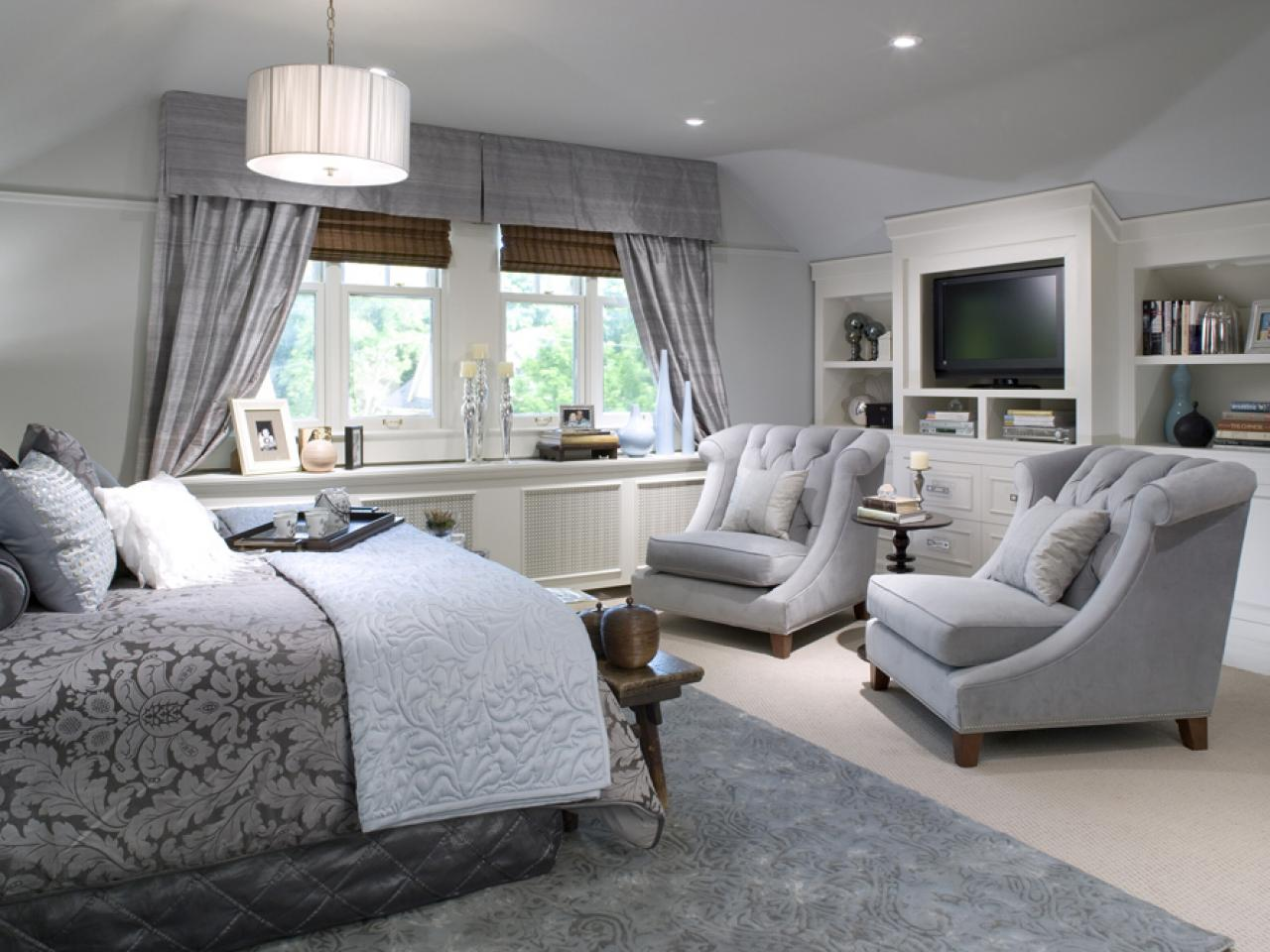 Comfortable Chairs for Bedroom Sitting Area | HomesFeed