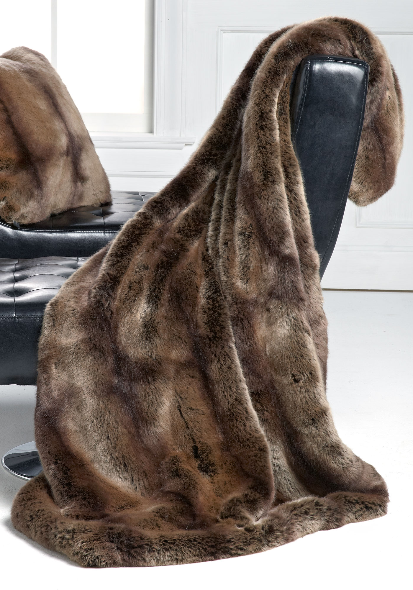 Shop for throws and throw blankets at ketauan.ga Find a variety of knit, fuzzy and faux fur throws perfect for your bedroom at Pier 1 Imports.