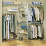 Lowe's closet organizer made of metal wire