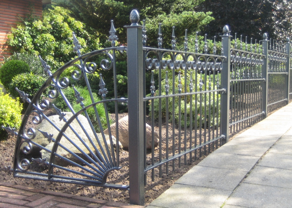 metal decorative fences for home - Decorative Fencing