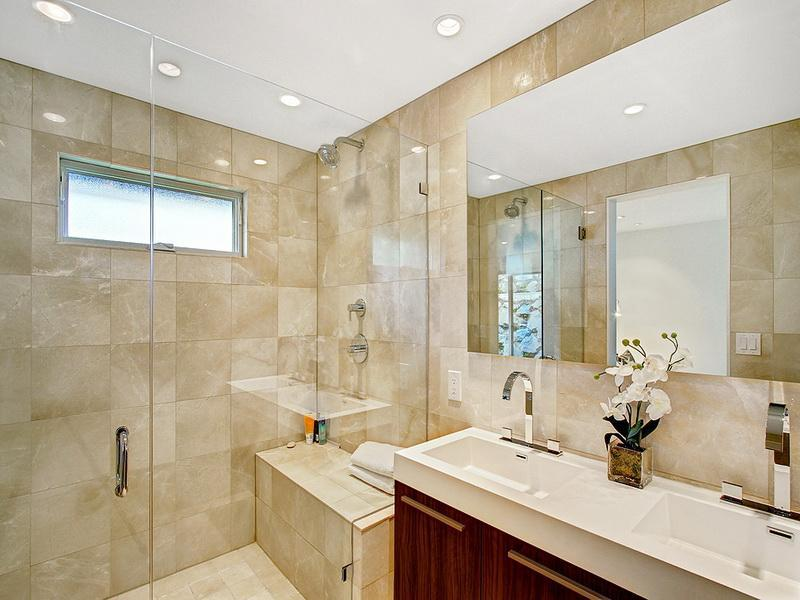 Nice shower ideas for master bathroom homesfeed for Nice bathroom designs