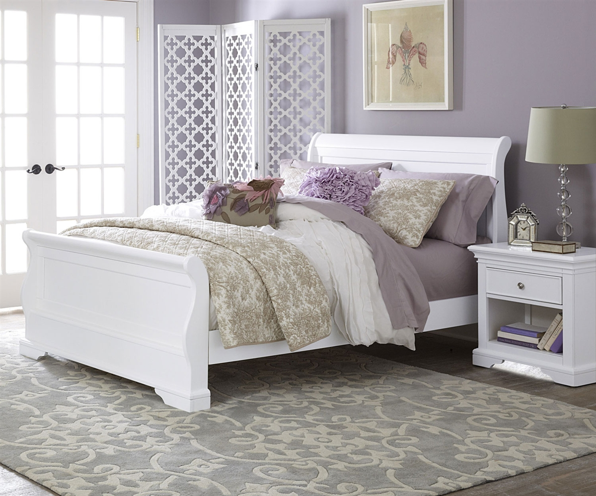 White Sleigh Beds With Storage