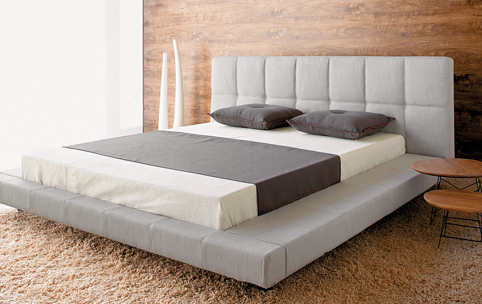 Bon Modern And Minimalist Low Profile Platform Bed Design In Grey With Grey  Upholstered Headboard