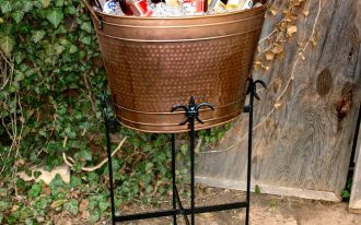 Outdoor Beverage Bucket With Stand And Beer And Ice