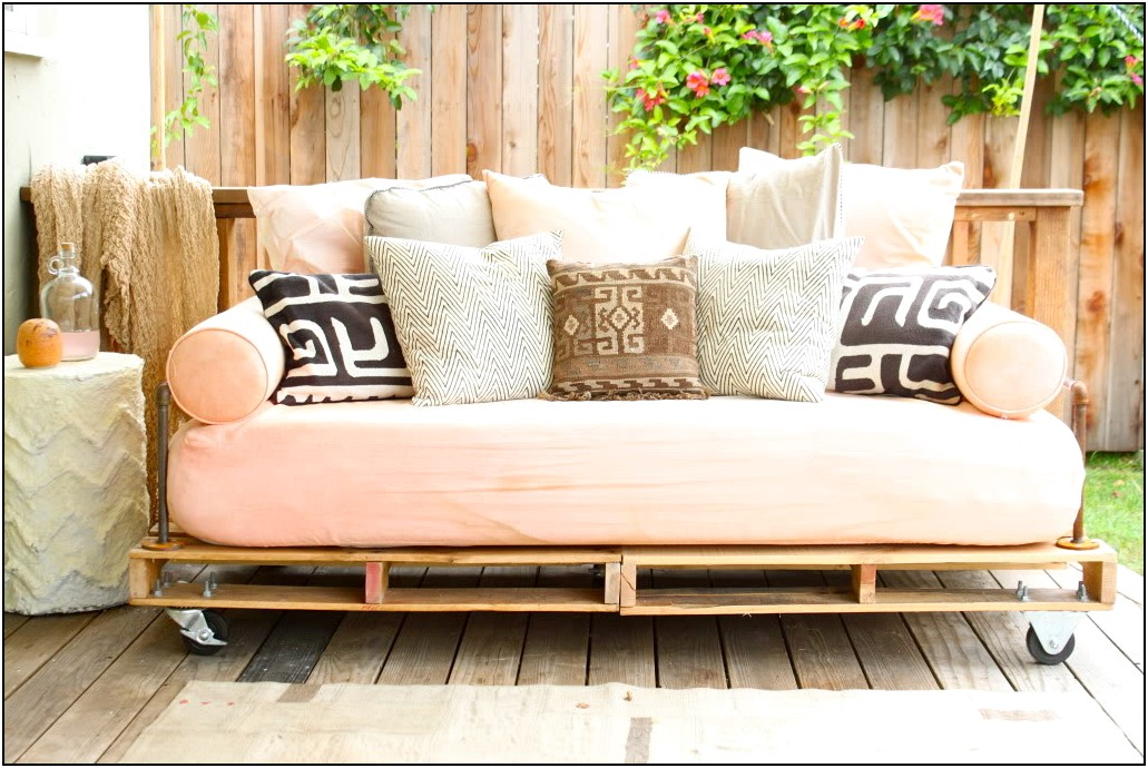 Outdoor Daybed Mattress Back To Using Outdoor Futon Mattress This Item Outsunny Outdoor Rattan