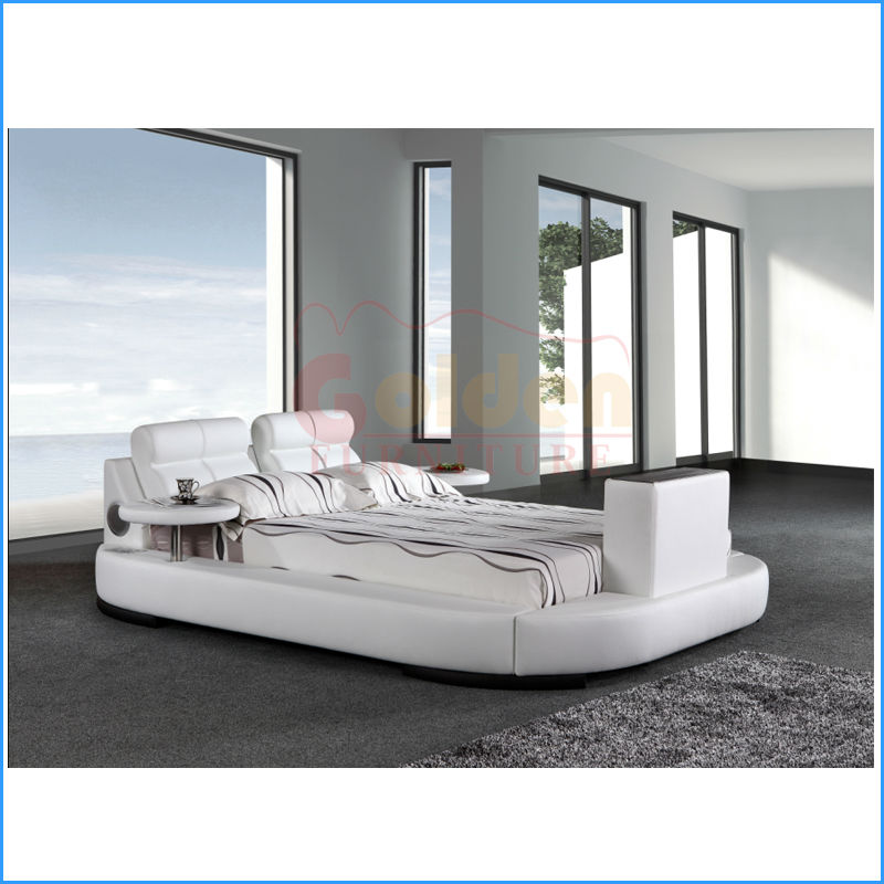 cool beds with built in tv homesfeed. Black Bedroom Furniture Sets. Home Design Ideas