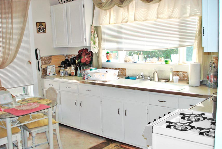 Perfect Kitchen Makeovers on A Budget | HomesFeed
