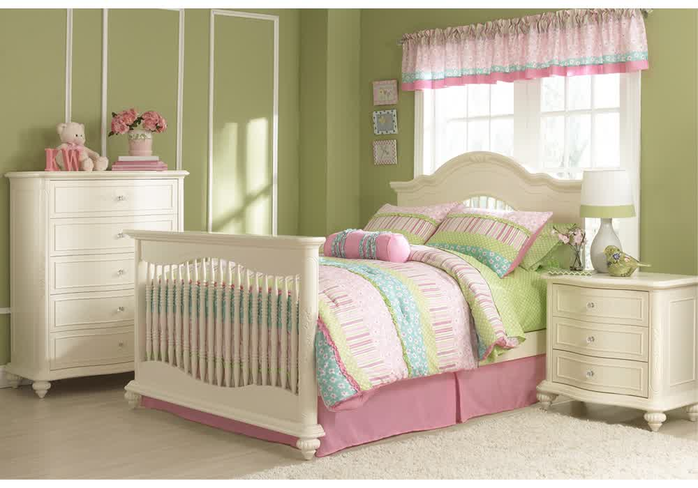 Toddler Full Size Bed or Toddler-Size Bed? What's the Best ...
