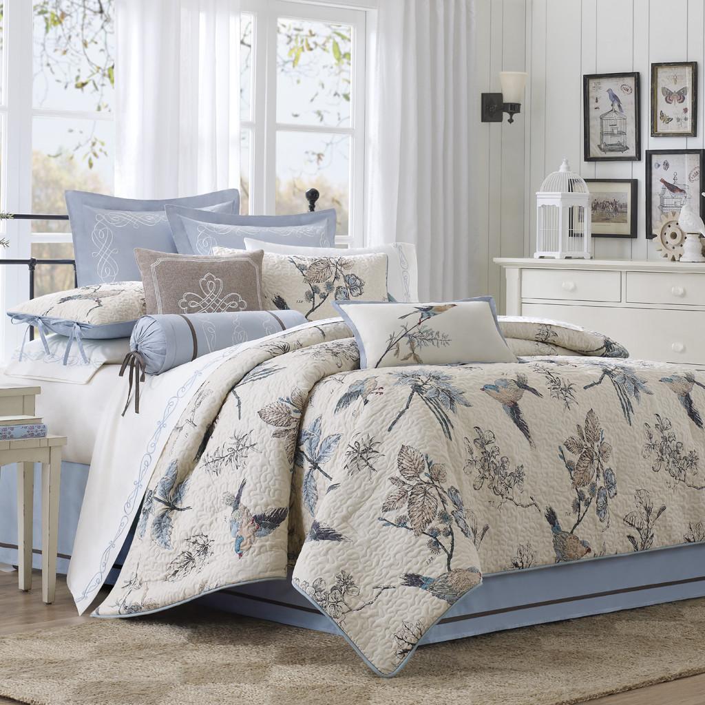 Elegant Harbour House Bedding | HomesFeed