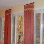 Short curtain rods idea with red window curtains