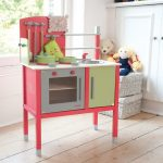 Simple Kitchen Toy Idea For Kids In Pink Green And White Colors