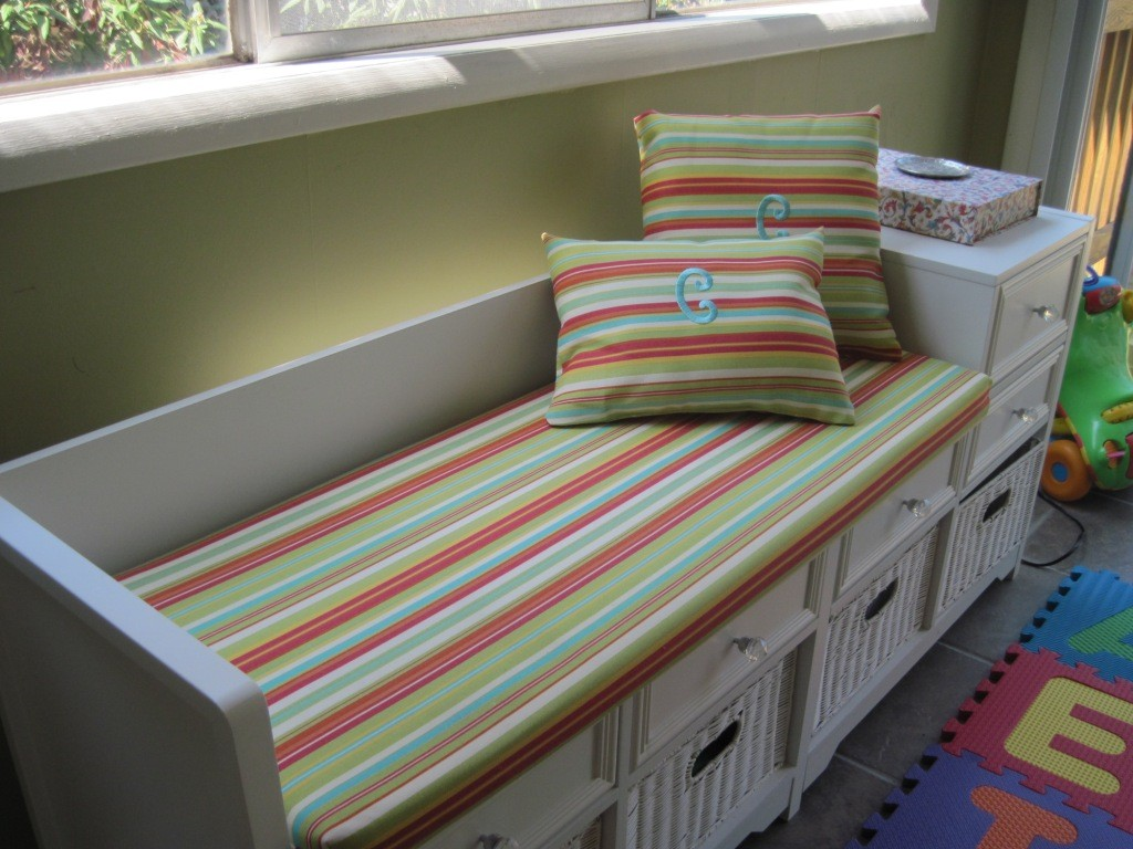 Stripped Bench Pads Indoor With White And Storage