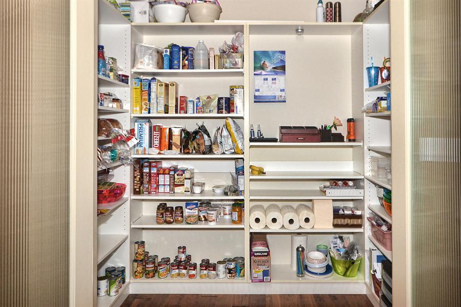 Walk in pantry shelving systems home design for Best pantry shelving system