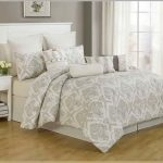 White comforter with classic pattern for cal king bed