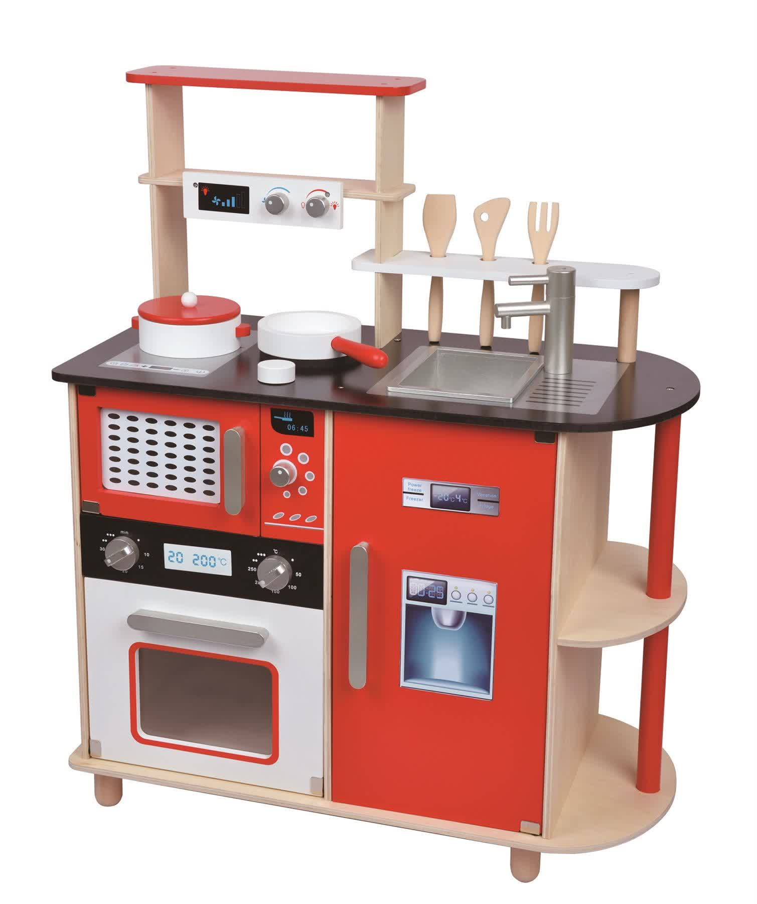 Wooden toy kitchens for little chefs homesfeed for Cuisine wooden