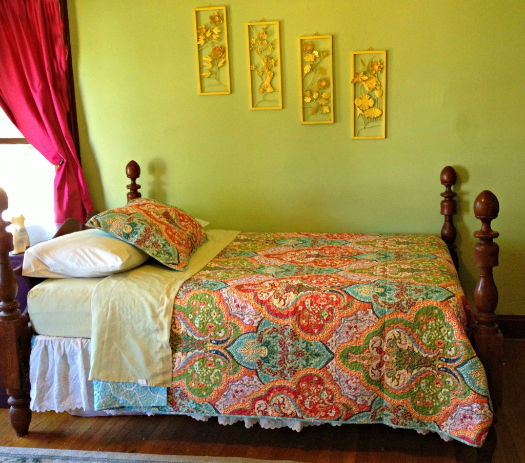 Superbe Better Homes And Garden Comforter Sets With Decorative Pattern And Color  Plus Green Wall