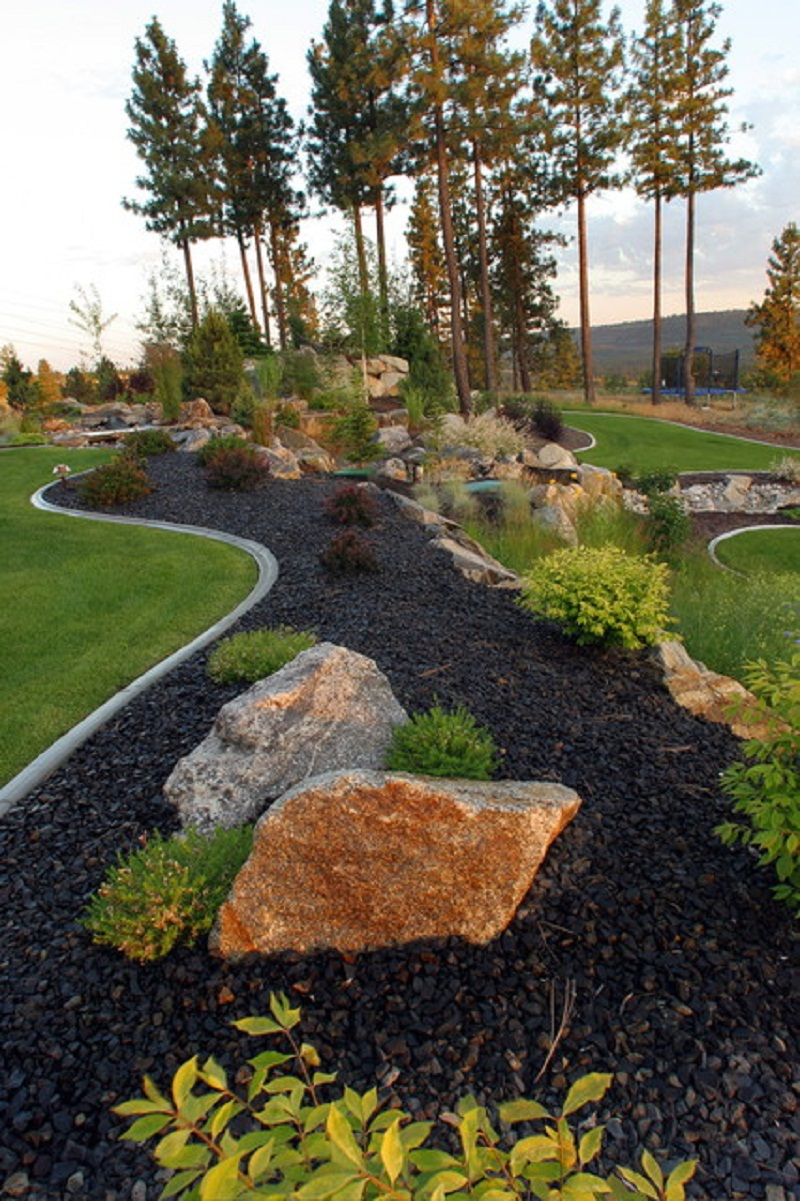 Natural large rocks for landscaping homesfeed Large backyard design ideas