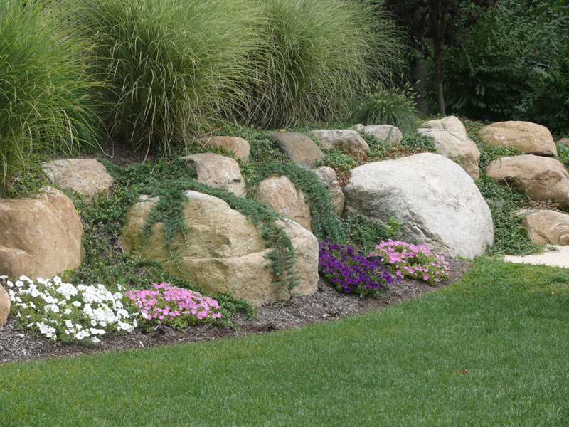 Natural large rocks for landscaping homesfeed for Natural rock landscaping