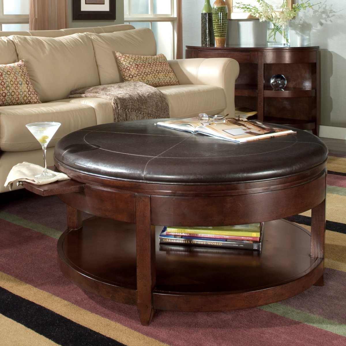 Awesome round coffee tables with storage homesfeed Round coffee table in living room