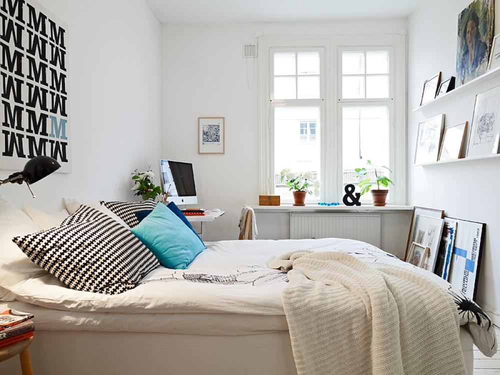 Small Bedroom Desk Ideas Part - 30: Corner Small Bedroom Desks Near White Bed And White Cabinet