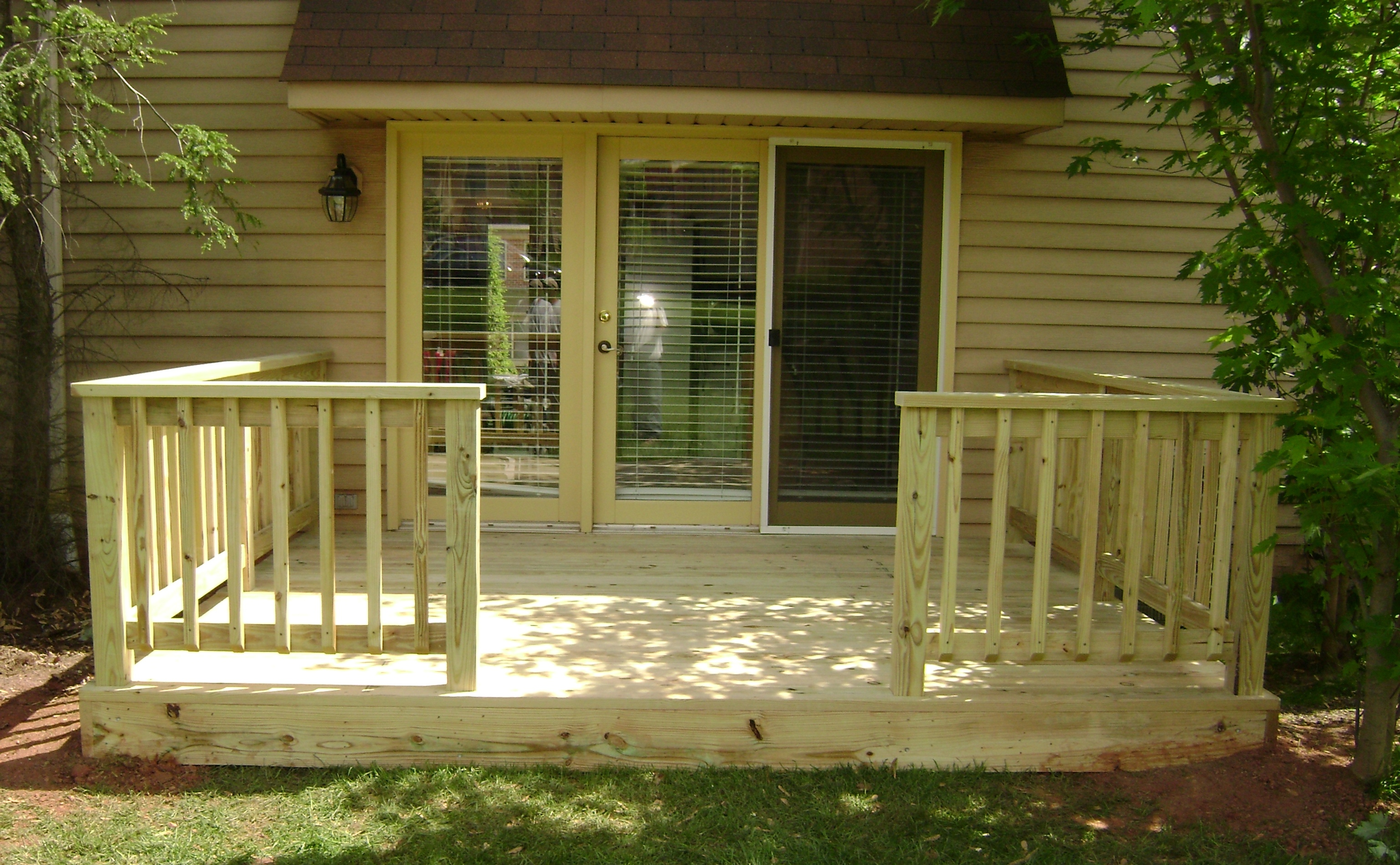 Awesome home deck designs homesfeed for Small house deck designs