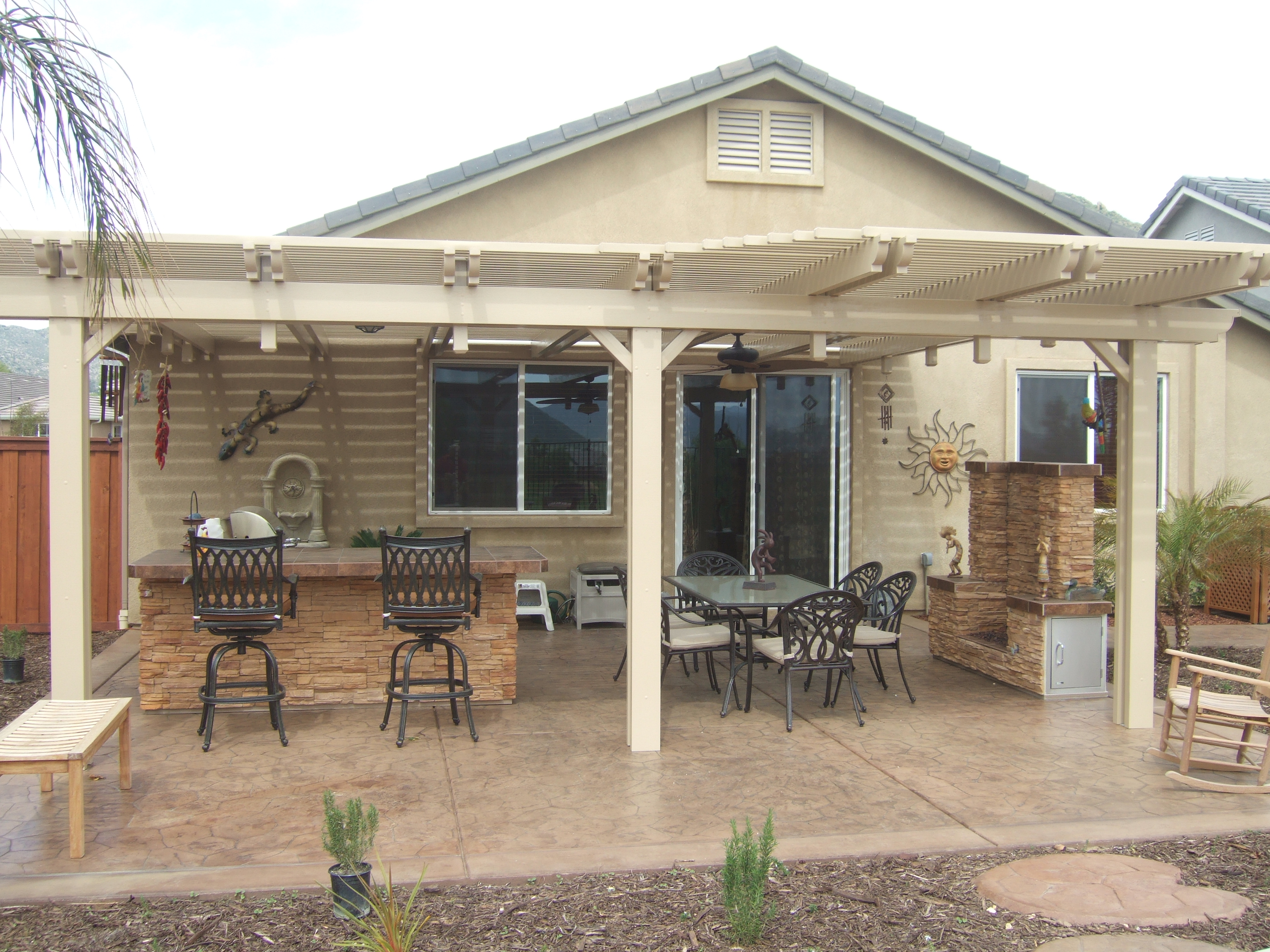 Natural wooden patio covers homesfeed for Patio house plans
