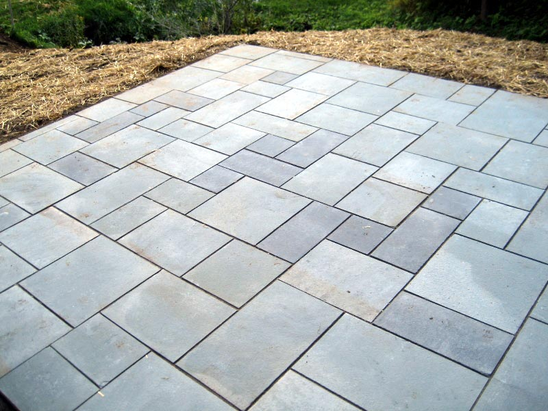 Blue stone pavers review homesfeed for Bluestone pricing