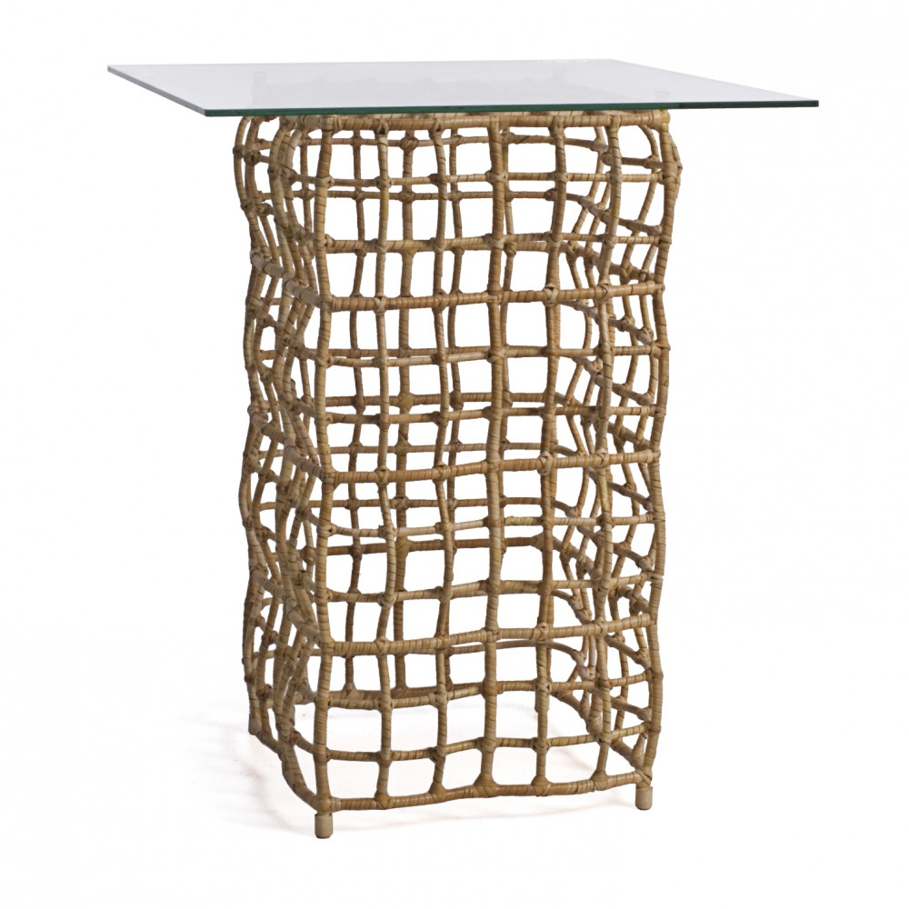 Tall end tables the decorative as well as functional for Decorative pieces for dining table