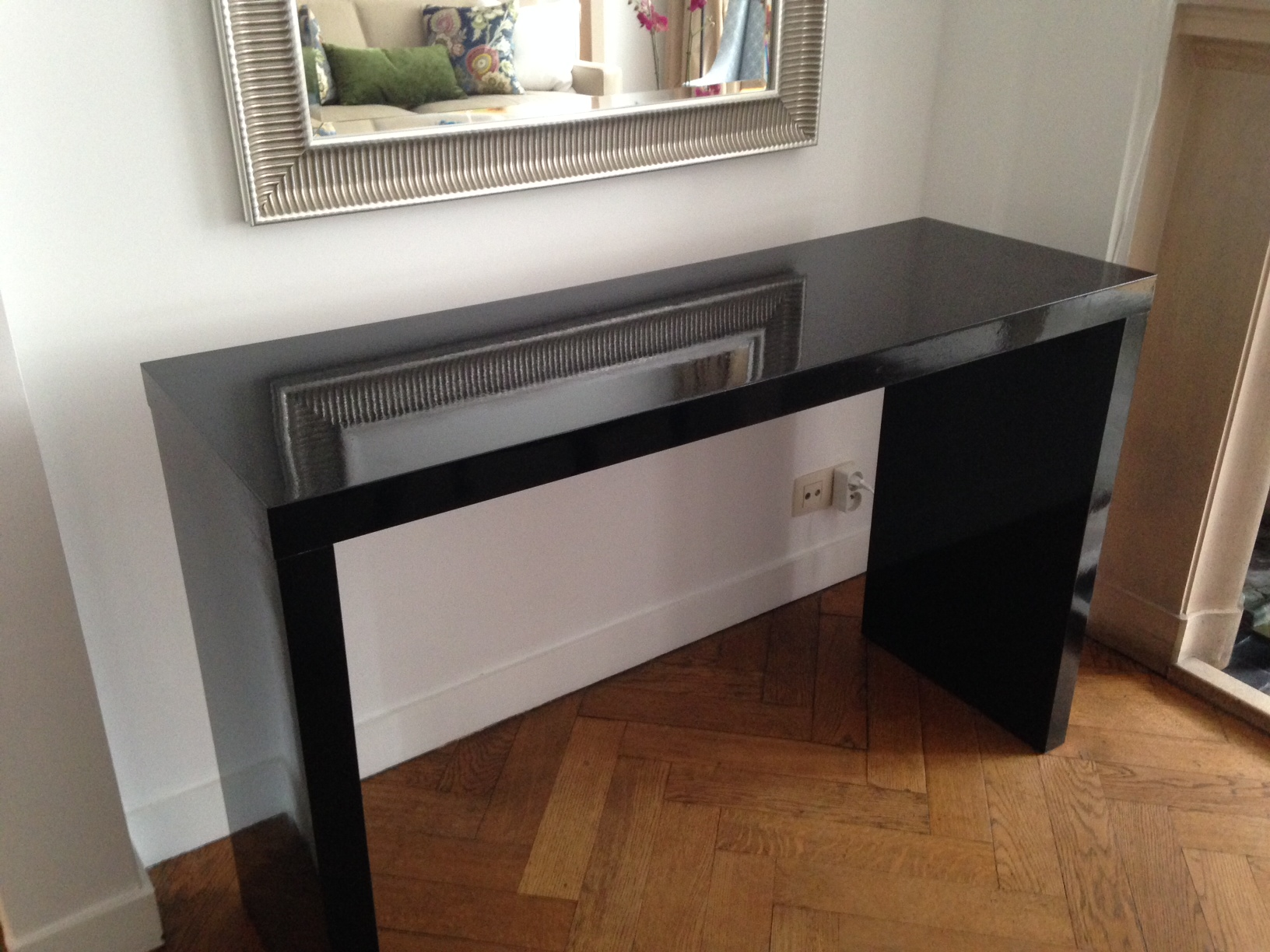 Foyer Table Ikea : Ikea console tables best furniture pieces for your