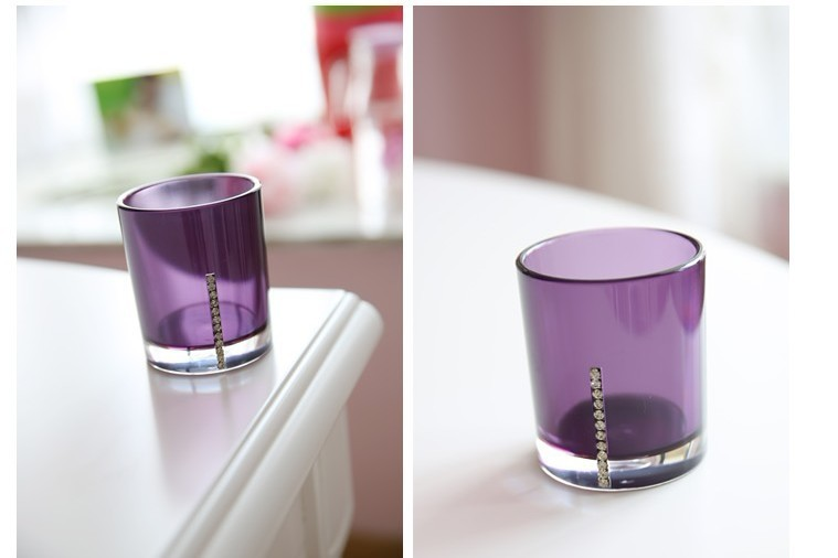 Purple glass bathroom accessories awesome a wonderful for Purple glass bathtub