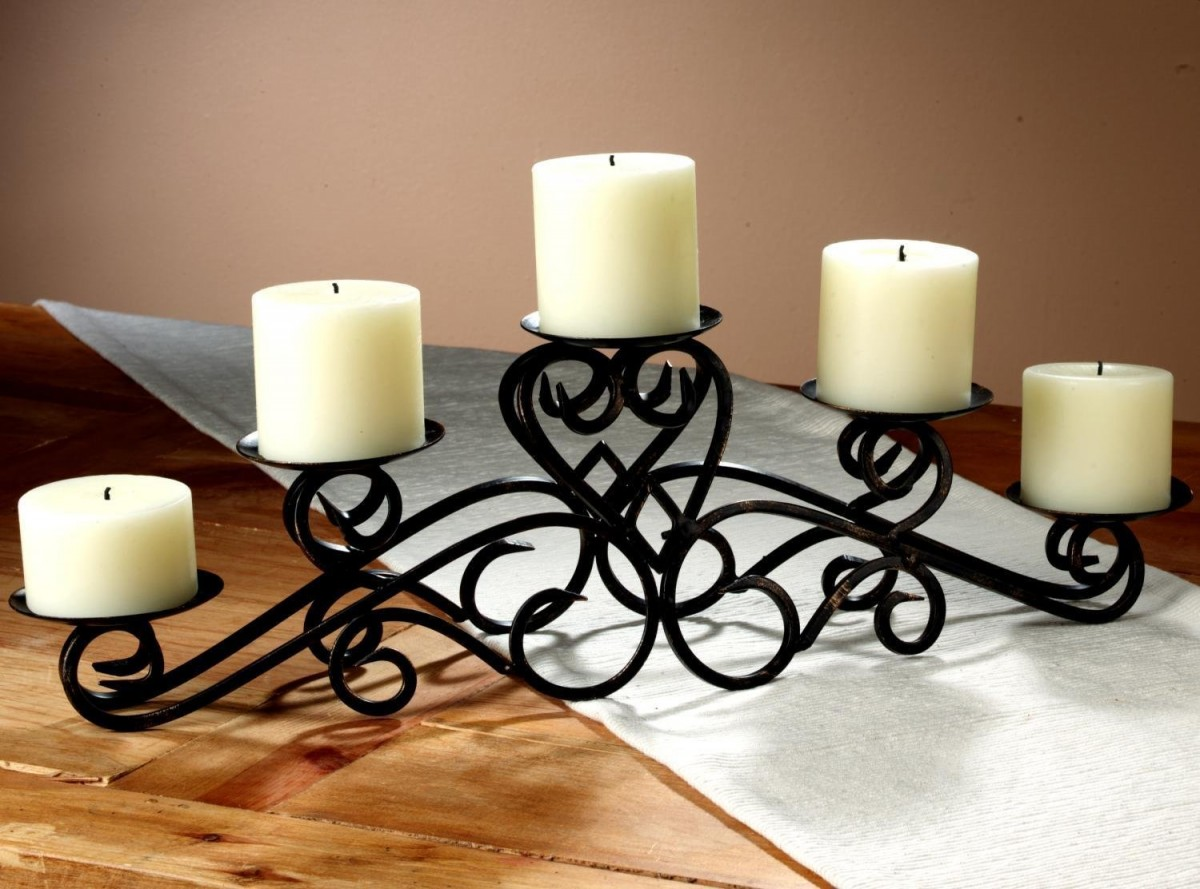 Dining table candle centerpieces - Wrought Iron Candlestick Holder Set In Classic Style