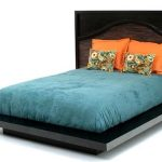 Zen platform bed frame with integrated headboard